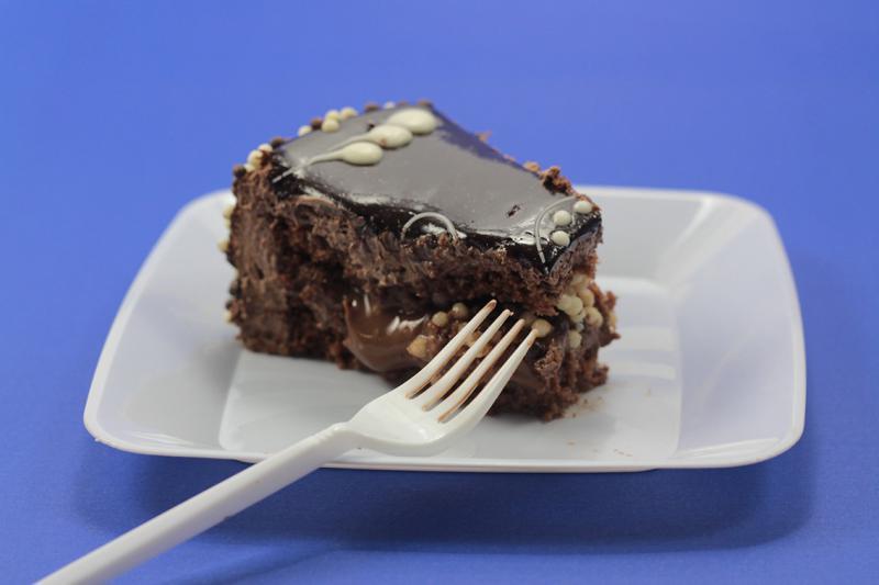 Pratinho para bolo descartável preço